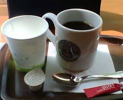 アメリカンコーヒーとお水